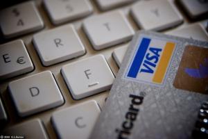 laptopcreditcard